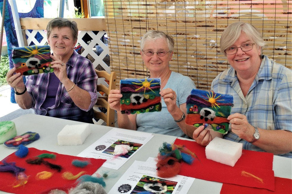 Vibrant Sheep Workshop participants Sew Much More Kaslo BC